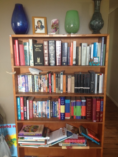 bookshelf, book shelf, classics, classic novels, shelfie