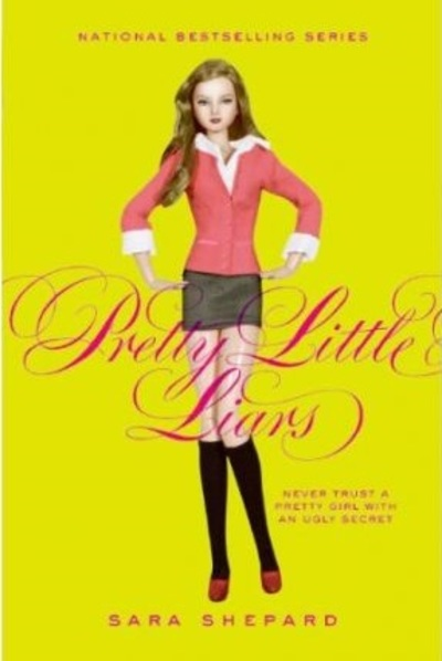 Pretty Little Liars, Sara Shepard